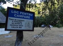 Panou Camping Valea Beiului1